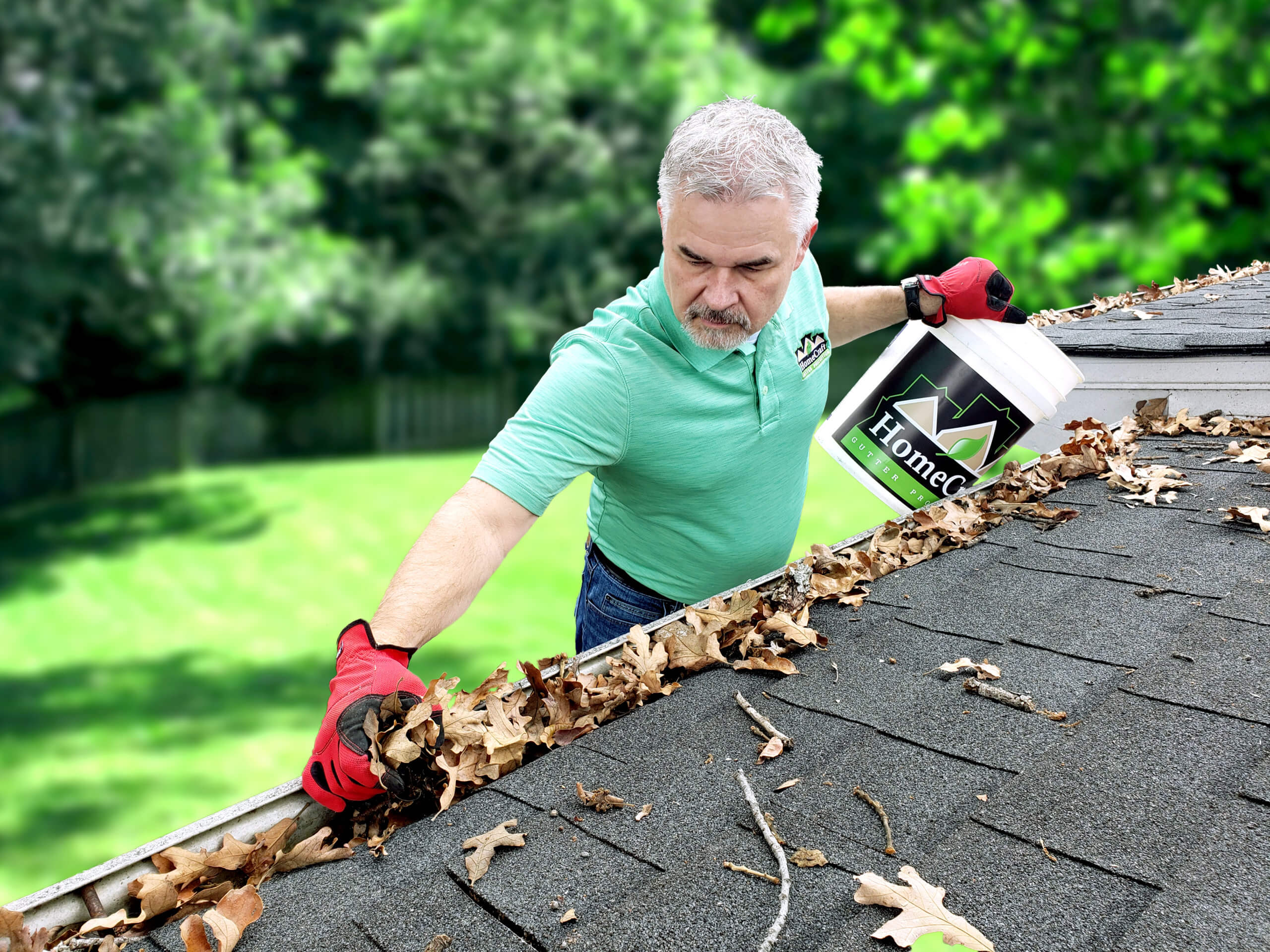 HomeCraft Gutter Protection Cleans Out Your Gutters Before Installing Our Gutter Guards